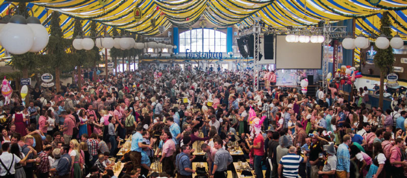 Cannstatter Volksfest Stoccarda